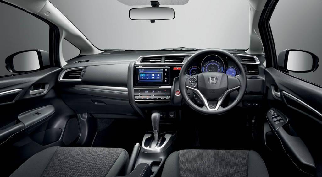 2015-Honda-Jazz-Interiors
