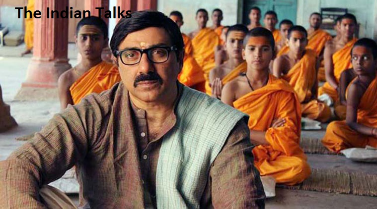 mohalla-assi-trailer-leaked-fir-sunny-deol