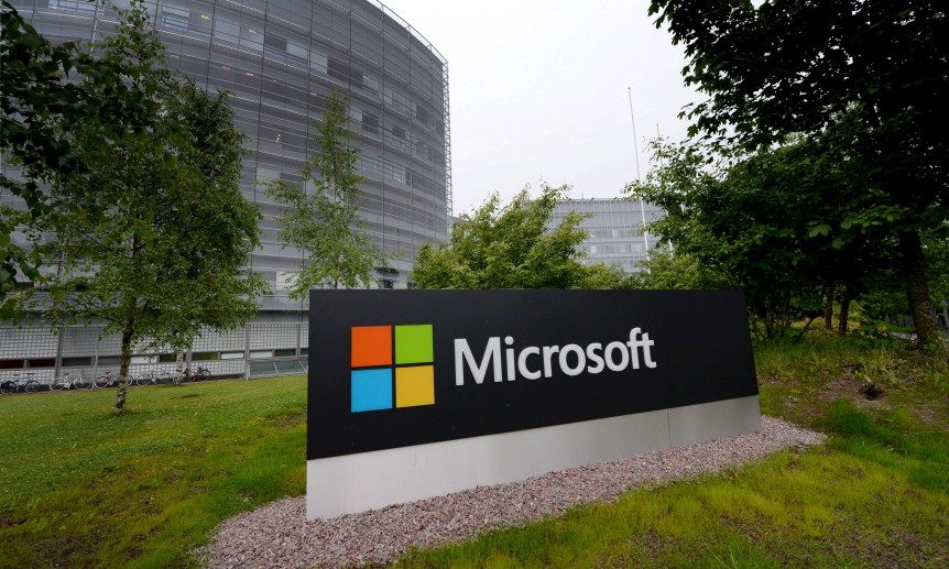 Microsoft Hangs up on Nokia Business, to cut 7,800 Jobs