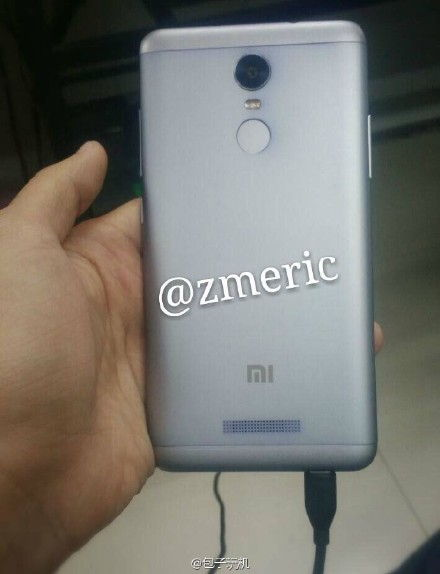 The other image published on weibo features Note 2 with Biometric Sensor