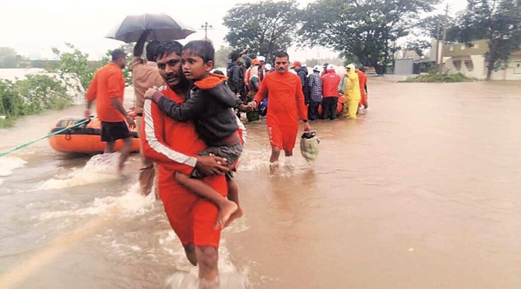 Updates on the havoc caused in Maharashtra due to heavy rainstorm - top 10 news